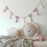 rosa viejo banderola de crochet handmade kids deco pipolart leon cojin d