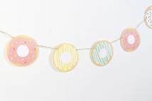 decoracion fiesta infantil descargables papeleria donut tematica color pastel invitacion guirnalda