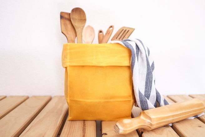 iconic paperbag waxed canvas bolsa papel americana almuerzo lunch iconica tela encerada impermeable cera pipolart amarillo mostaza uso cocina