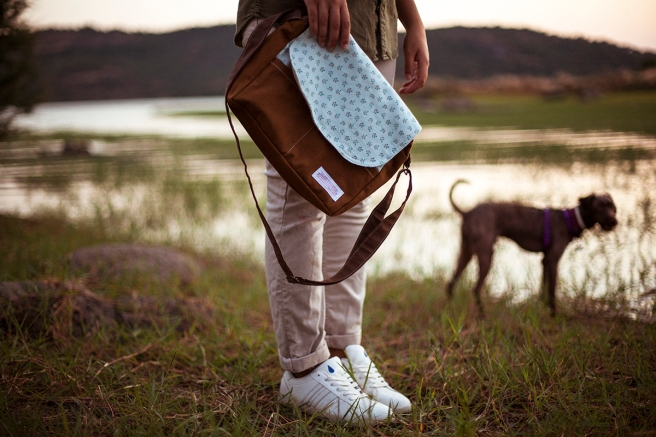 bolso loneta tela estampada bolsillos interior exterior cremallera pipolart pipol art para ella tamaño pequeño