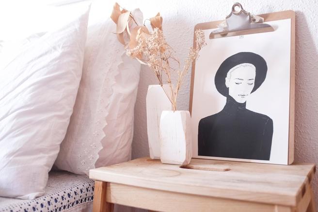 decoracion-mobiliario-madera-estilo-nordico-decapado-blanco-pipolart-pipol-art-jarrones