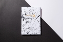 libreta-disenada-y-fabricada-en-espana-encuadernacion-cuadernillo-rubio-20-folios-chemikal-x-pipolart-pipol-art-estampado-marmol-marble-blanco-white