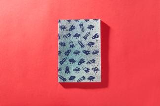 serigrafia-una-tienda-estuches-libretas-neceser-algodon-a-mano-papel-reciclado-estampado-pipolart-pipol-art-ovnis-espacio-libreta-a5