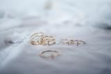 bisuteria-joyeria-chapado-oro-minimalista-must-have-esenciales-pipolart-pipol-art-anillos-falange-dedos-detalle