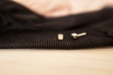 bisuteria-joyeria-chapado-oro-minimalista-must-have-esenciales-pipolart-pipol-art-pendientes-cuadrados-dorados-minimal