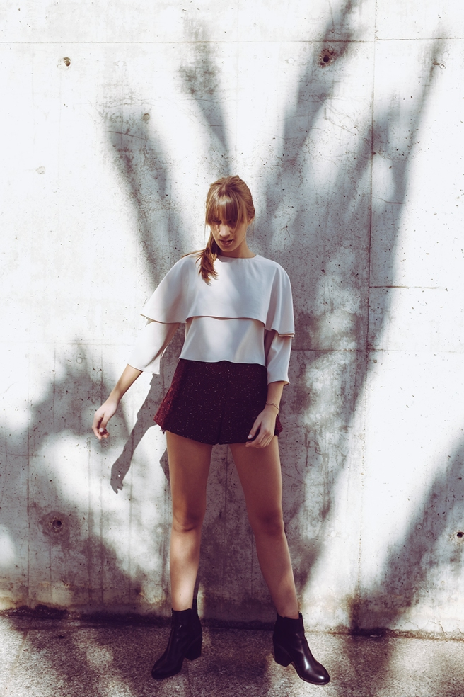 pipolart-pipol-art-blusa-rosa-nude-capa-cropped-moda-hecho-en-espana-conjunto-pantalon-traje-chaqueta-detalle