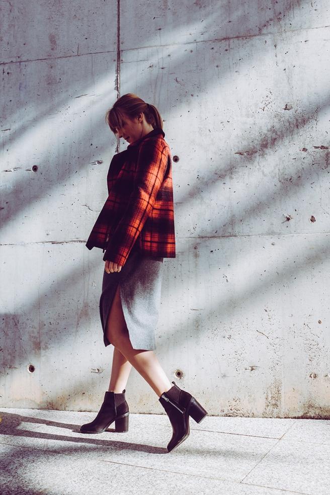 pipolart-pipol-art-chaqueta-perfecto-biker-cuadros-negro-rojo-pano-lana-moda-hecho-en-espana-jeans-levis-retro-camiseta-letras-vestido