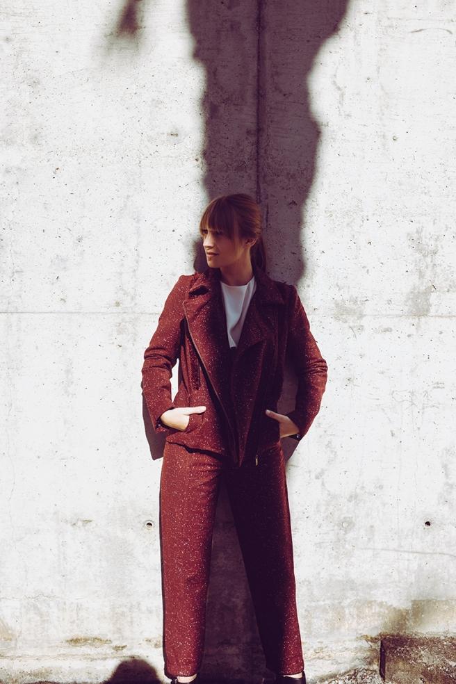 pipolart-pipol-art-chaqueta-perfecto-granate-flecos-fringed-jacket-moda-hecho-en-espana-conjunto-pantalon