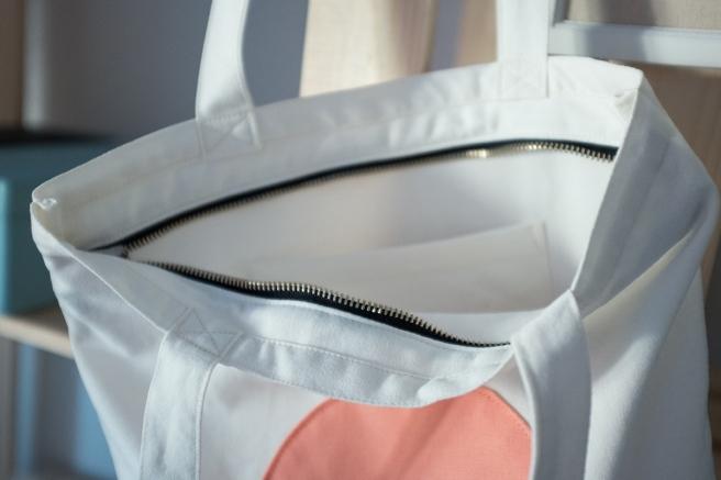 pipolart-pipol-art-tote-bag-bolso-tela-loneta-hecho-a-mano-cosido-a-mano-circulo-melocoton-estampado-olas-detalle