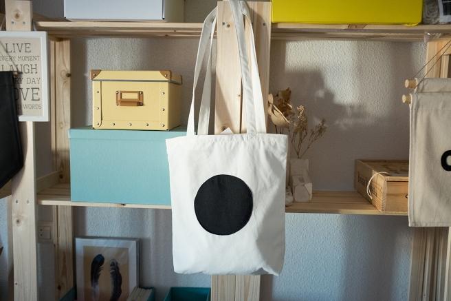 pipolart-pipol-art-tote-bag-bolso-tela-loneta-hecho-a-mano-cosido-a-mano-circulo-negro-general