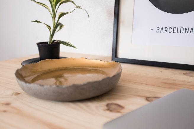 bandeja-plato-vaciabolsillos-cemento-concrete-hecho-mano-decoracion-pipolart-pipol-art