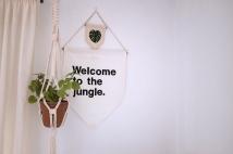 banderin-banderola-wall-banner-pipolart-pipol-art-hecho-a-mano-disenado-en-barcelona-monstera-leaf-welcome-to-the-jungle