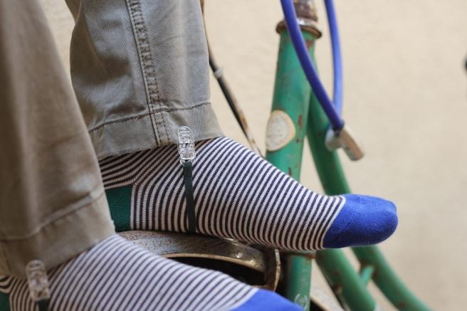 gomas-sujetar-bajos-pantalon-botas-botines-pipolart-pipol-art-verde-oscuro