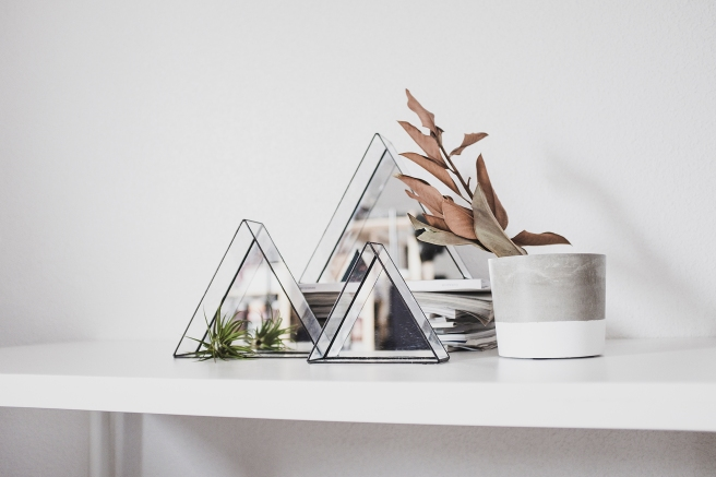 triangulos-espejo-minimal-terrario-planta-area-tillandsia-3-tamanos-pipolart-pipol-art-decoracion-nordica