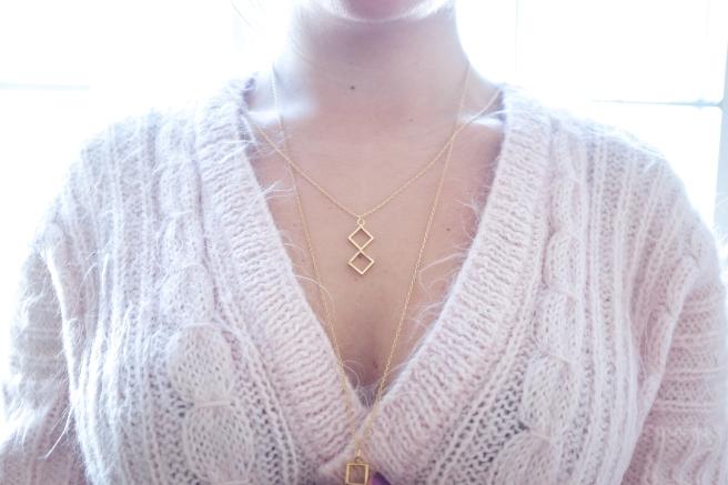 collar-colgante-formas-geometricas-rombo-cuadrados-chapado-en-oro-pipolart-pipol-art-dos-rombos