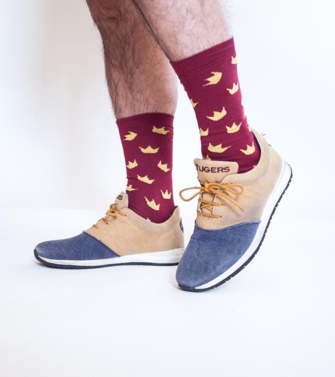 coronas granate burdeos calcetines estampados print socks hechos en españa pipolart pipol art .jpg