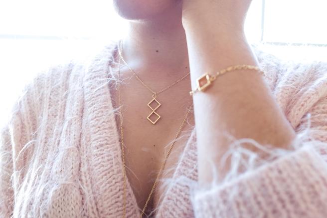 pulsera-formas-geometricas-rombo-cuadrados-chapado-en-oro-pipolart-pipol-art
