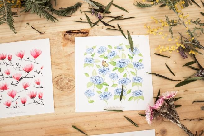 postales acuarela nathalie ouederni hortensias azules pipolart.jpg