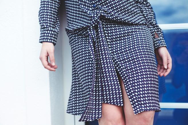 vestido-camisero-estampado-geometrico-azul-marino-granate-lazada-pipolart-pipol-art