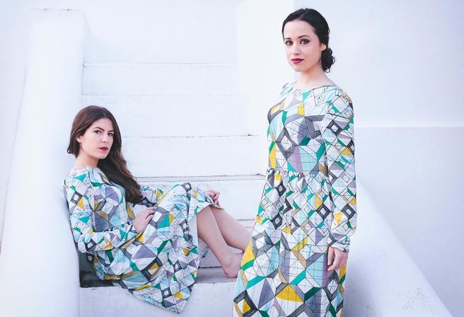 vestido-estampado-geometrico-colores-largo-y-midi