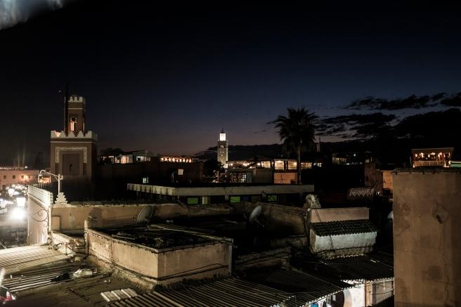 viaje 5 dias marrakech emilio jimenez plaza yemaa el fna vista restaurantes con terraza