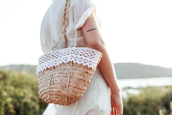 capazo canastos cesto cesta de palma tamaño pequeño asa larga puntilla bolillos pipolart cosido a mano artesania española