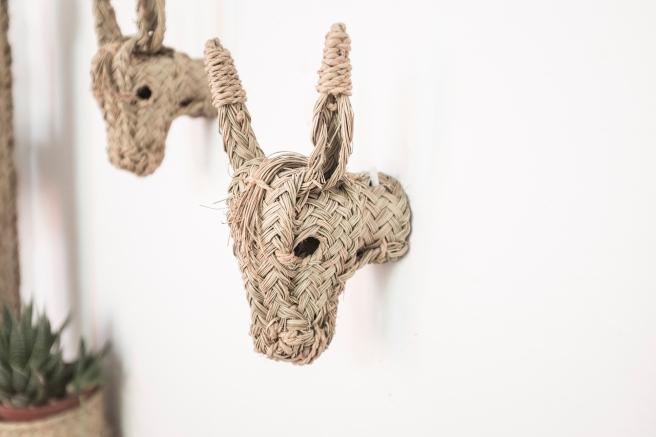cabezas de burrito trofeo animales burro de paja mimbre decorativo hecho a mano artesanía española